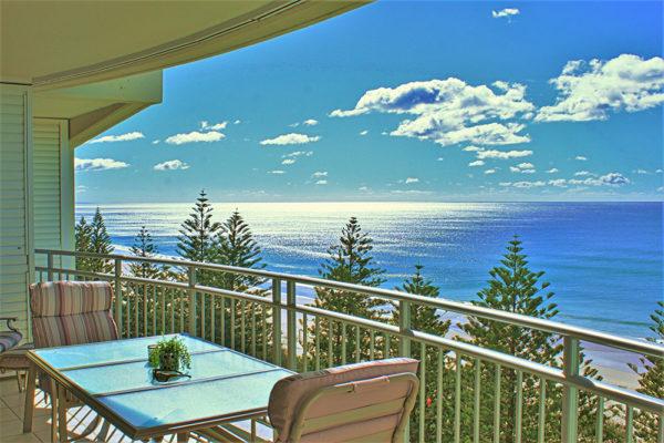 14. Indigo-Blue_Burleigh -Balcony