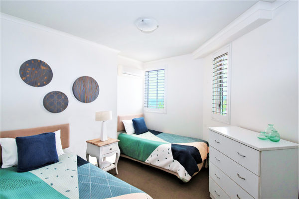 34. Indigo-Blue_Burleigh -3BR- Twin Bedroom